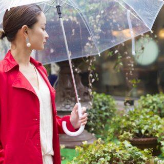 梅雨の高温多湿を乗り切るウォータープルーフアイテム